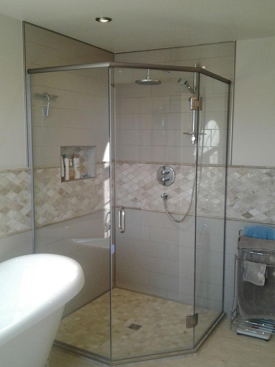 salle de bain classique perspective design. Black Bedroom Furniture Sets. Home Design Ideas